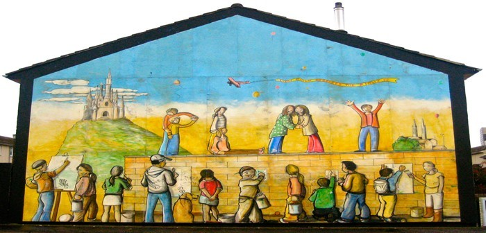 Black taxi tour of belfast for Belfast mural tours