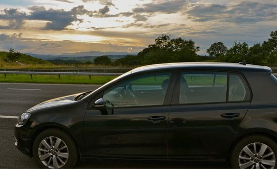 Renting a car to drive from London to Edinburgh with CarRentals.Co.Uk
