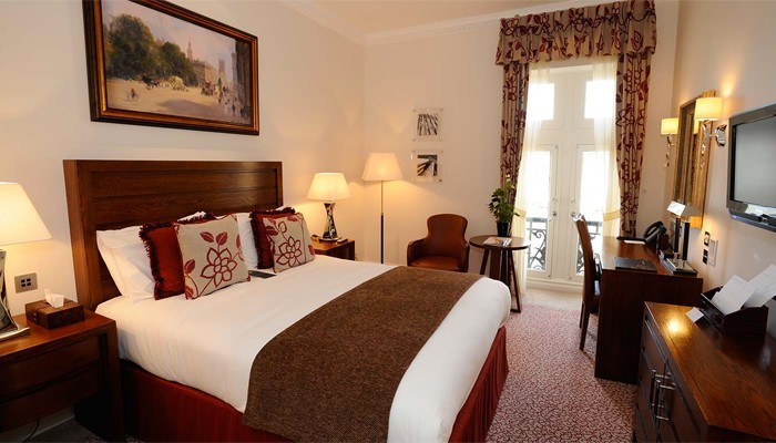 Guomen-Hotel-Royal-Horseguards-London