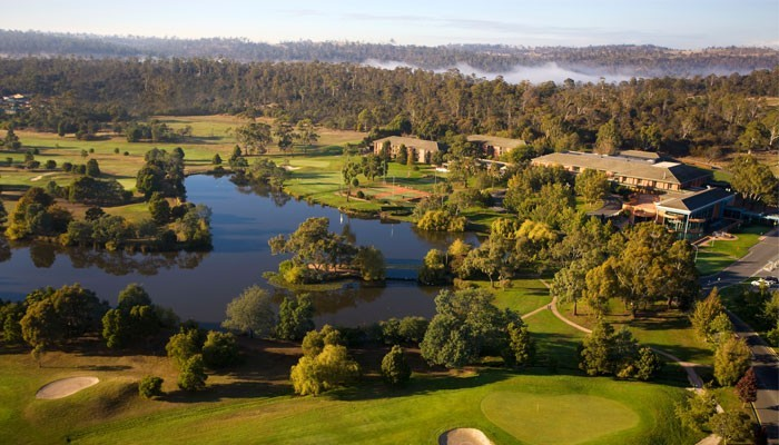 Country-Club-of-Tasmania-Grounds