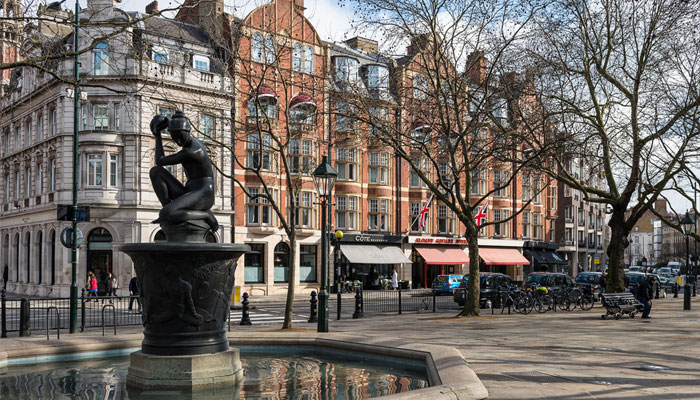 Sloane-Square-Fountain